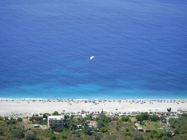 Dhermi_Beach_Panorama.jpg